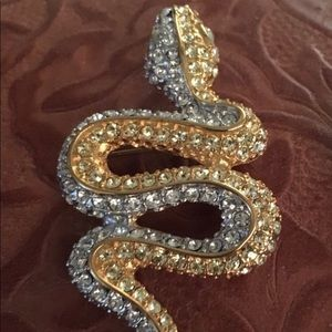 KJL Kenneth Jay Lane rhinestone glitzy Snake pin